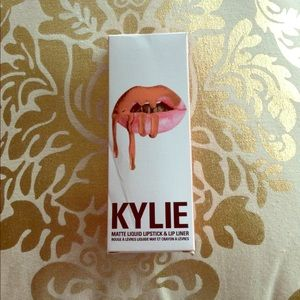 Kylie cosmetics dirty peach lip kit